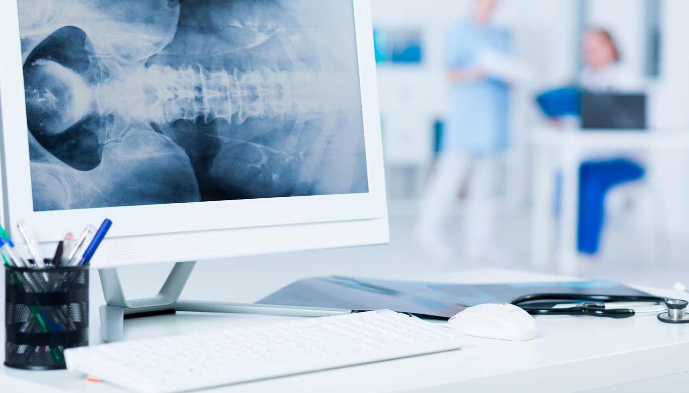 Online spine surgery tutorial conducted via video conferencing